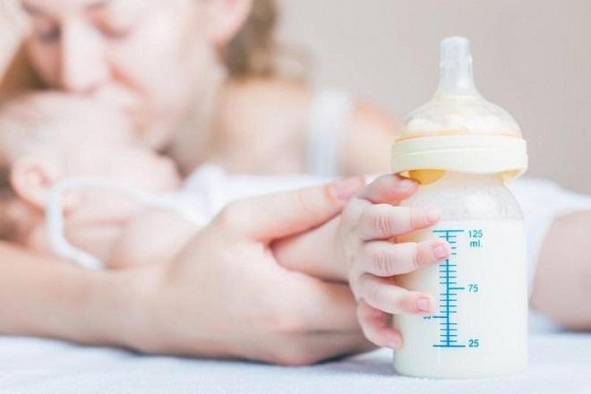 Hiện nay có rất nhiều loại sữa cho trẻ sơ sinh chậm tăng cân khiến nhiều mẹ phải bối rối