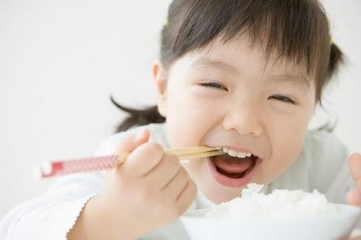 Trẻ tăng cân chậm nên uống sữa gì